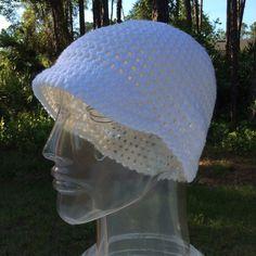 White brim hat