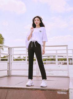 Clothing ideas on summer korean fashion 240 Korean Casual Outfits, Korean Outfit Street Styles, Style Outfits, Kpop Fashion Outfits, Mode Outfits, Cute Casual Outfits, Dance Outfits, Korean Girl Fashion, Korean Fashion Trends