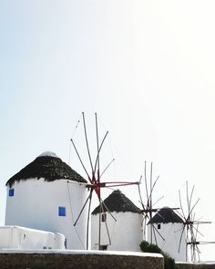 MYKONOS | CYCLADES ISLANDS | GREECE  Photo from @elo_ddiee! Check their beautiful gallery...  Good morning to everybody and wish you have a great day! Tag a friend you would like to visit Mykonos with!