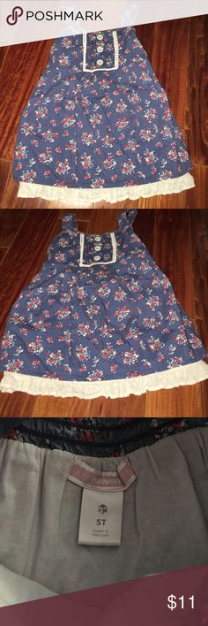 Old Navy blue floral tank - SZ 5T Lettuce hem lightly puffy tank - worn a couple times   Always washed cold and line dried only. Old Navy Shirts & Tops Tank Tops