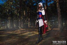 Assassin's Creed Cosplay 'La Femme Assassin'