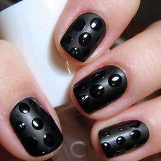 Noir mat et incolore brillant