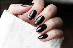 Short black stiletto nails. #nails