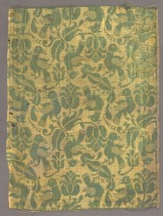 Fragment with Birds and Floral Motif, early 1600s Italy or Spain ?, 17th century damask, silk, Overall - h:35.50 w:26.30 cm (h:13 15/16 w:10 5/16 inches). Seventy-fifth anniversary gift of Mrs. William J. (Kay) Robertson 1991.114