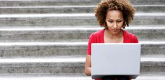4 Ways to Write LinkedIn Posts That Turn Into Career Opportunities