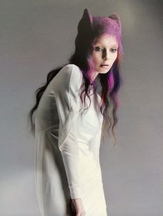 Hair: Hide Saiga(TONI&GUY JAPAN) Colour: Makoto Iwaya(TONI&GUY JAPAN)