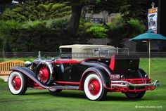 Cord Automobile, Automobile Industry, Vintage Cars, Antique Cars, American Motorcycles, Pebble Beach Concours, Exotic Cars, Motor Car, Luxury Cars