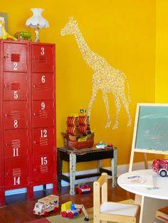 6-20-boas-ideias-de-armarios-estilo-colegial-na-decoracao