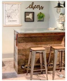 Home Bar Rooms, Home Bar Areas, Diy Home Bar, Home Bar Decor, In Home Bar Ideas, Small Bar Areas, Small Spaces, Home Bar Counter, Bar Counter Design