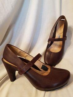 Tsubo womens shoes sz 8.5 M Acrea pumps brown leather suede slingbacks platform   Clothing, Shoes & Accessories, Women's Shoes, Heels   eBay!