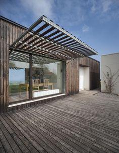 Pergola For Small Backyard Pergola Cost, Diy Pergola, Pergola Ideas, Wooden Architecture, Architecture Design, Shiping Container Homes, Steel Framing, Piscina Interior, Wooden Facade