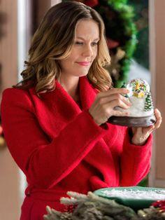 Family Christmas Movies, Hallmark Christmas Movies, Hallmark Movies, Family Movies, Christmas Music, Hallmark Channel, Candace Cameron Bure Movies, Pretty Little Liars Aria, Xmas