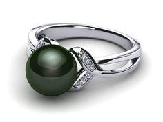 14K White Gold Diamond & Tahitian Black Pearl Leaf Ring