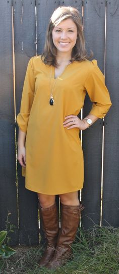Mustard dress perfect fall color, great length for school or work, fall fashion - Studio Winter Dress Outfits, Fall Winter Outfits, Autumn Winter Fashion, Cute Outfits, Mustard Colored Dress, Burgundy Outfit, Fall Fashion Trends, Get Dressed, Dress To Impress
