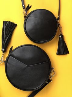 We suggest design Here you will find luxury purses that are best and best collection. Fall Handbags, Trendy Handbags, Popular Handbags, Cute Handbags, Fashion Handbags, Purses And Handbags, Leather Handbags, Leather Totes, Fashion Purses
