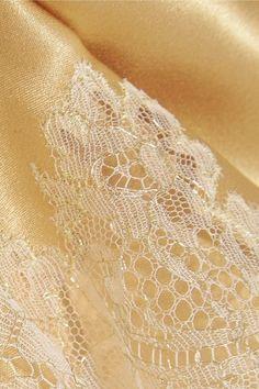 Carine Gilson - Metallic Embroidered Lace-trimmed Stretch-silk Satin Shorts - Gold - medium