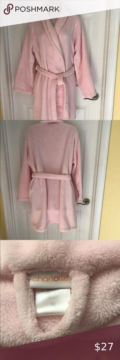 Charlotte Robe Womens Bathrobe S. Very cozy and comfortable. Very good pre-own condition. No stains, rips, or any other hidden defects Charlotte Intimates & Sleepwear Robes Plus Size Sleepwear, Soft Silk Sarees, Sarees Online, Charlotte, Plush, Stains, Cozy, Clothes For Women, Medium