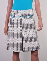 Cute skirt with piping