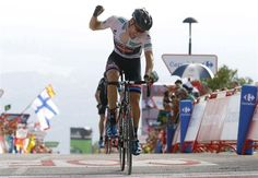 Dumoulin Wins, Takes Back Lead at Vuelta!