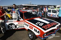 Brock Tribute Holden Muscle Cars, Aussie Muscle Cars, Old Race Cars, Thanks For The Memories, Classic Cars, Racing, Running, Auto Racing, Vintage Cars