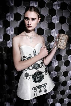 ON AURA TOUT VU - Collection Accessoire - SS2016 - Alvéoles / Alveoli #CollectionAccessoires #accessory #SS16 #jewellery #stone #accessory #earrings #handmade #bracelet #rings #lookbook #style #jewelry #girls #fashion #model #photooftheday #trendy #necklace #earrings #onauratoutvu #liviastoianova #yassensamouilov #paris #fashion #couture #luxury #crystals #bijoux #collection #onauratoutvucouture #onauratoutvufashion #trends #musthave #pfw #cristal #swarovski #alveoli #glamour #glamourous