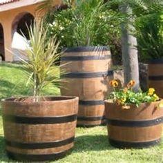 Juego de Macetas como barril de madera