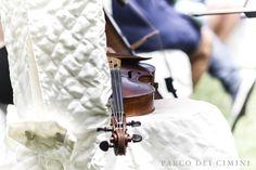 Sottofondo di violino al rito civile