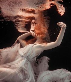 Designer DressesUnderwater shoot with silver grey draped tulle Grecian goddess dress by Joanne F… Underwater shoot with silver gray draped tulle Greek goddess dress by Joanne Fleming Design Underwater Photography, Beauty Photography, Mehendi Photography, Photography Aesthetic, Photography Poses, Couple Photography, Wedding Photography, Fashion Photography, Photography Awards
