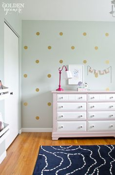 Like these Polka Dots on the wall…. thought they were painted, but these dots are vinyl decals that can be easily removed.  Great idea!