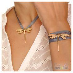 Leather Jewelry, Metal Jewelry, Antique Jewelry, Vintage Jewelry, Bead Embroidery Jewelry, Beaded Bracelet Patterns, Simple Bracelets, Bangle Bracelets, Jewelry Crafts