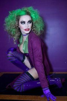 Batman's Joker costume for girls (striped purple tights, purple blazer, green…