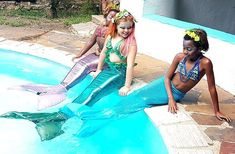 Our latest Creation Chronicle is all about mermaids! We were absolutely delighted to make these mermaid costumes in South Africa. Blue Tail, Mermaid Tale, Real Mermaids, Mermaid Coloring, Beautiful Young Lady, Mermaid Costumes, Faux Pearl Necklace, Mermaid Makeup, Green Fabric