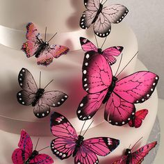Hand Painted Decorative Butterfly Wedding Party Cake Set Bring the captivating flight of the butterfly to life with our stunning assortment of cake ornaments. The carefully selected variations in size and design are ideal to create a delicate fluttering ef