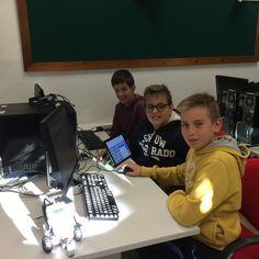 Prima verifica di robotica in 2B scuola media 26/10/2015