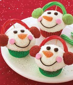 Darling Snowman Cupcakes decorating idea!!