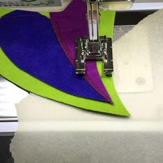 Appliqué tip with tracing paper and technicques from we all sew from Bernina