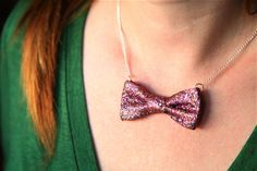 DIY no-sew glitter bow necklace I Prudent Baby - perfect for New Years!