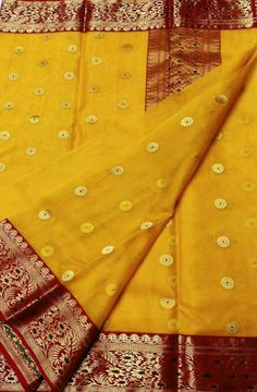 Online shopping from a great selection at Clothing & Accessories Store. Chanderi Silk Saree, Indian Silk Sarees, Kanchipuram Saree, Art Silk Sarees, Cotton Saree, Designer Silk Sarees, Designer Sarees Online, Lakshmi Sarees, Pakistani Fashion Casual