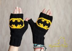 Black batman mittens by vasja-slvm on DeviantArt