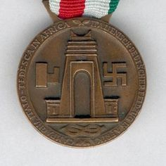 Commemorative Medal for the Italo-German Campaign in Africa (Medaglia… Army Medals, Italian Empire, Military Awards, Military Insignia, The Third Reich, North Africa, Badges, Ww2, Ribbons