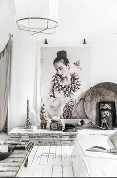Cottage Chic Meets Industrial Decor In This Amazing Milan Apartment Deco Boheme Chic, Interior Inspiration, Design Inspiration, Home And Deco, Rustic Interiors, Art Interiors, My New Room, Cottage Chic, Cozy House