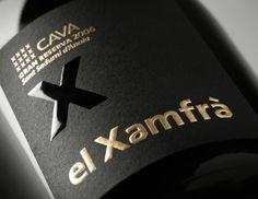 Tag graphic design for El Xamfrà Cava Food Packaging Design, Bottle Packaging, Packaging Design Inspiration, Coffee Packaging, Wine Label Design, Business Card Design, Graphic Design, Design Design, Wine Labels