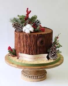Christmas party cake for a local logging crew. Christmas Log Cake, Fondant Christmas Cake, Christmas Themed Cake, Christmas Cake Designs, Christmas Cake Decorations, Holiday Cakes, Christmas Desserts, Christmas Baking, Artist Cake