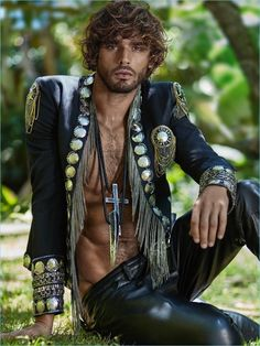 Marlon Teixeira embodies the fun spirit of summer as he covers the latest issue of Risbel magazine. Photographed by Greg Swales, the Brazilian model covers the… Marlon Teixeira, Leather Men, Leather Pants, Leather Jackets, Bohemian Men, Boho, Mode Hippie, Best Mens Fashion, Male Fashion
