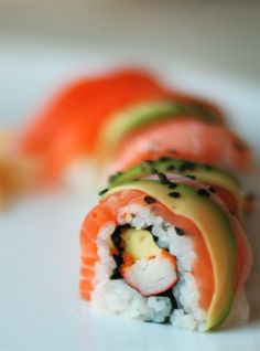Sushi ... looks so delightful.