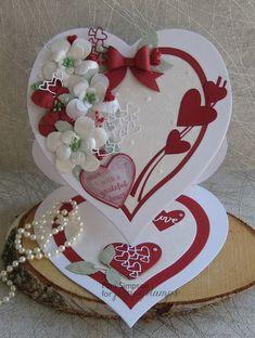 Hearts A Flutter. La Saint-V - St Valentin Fleurs Valentine Day Cards, Valentine Crafts, Wedding Anniversary Cards, Wedding Cards, Fancy Fold Cards, Folded Cards, Birthday Cards For Women, Shaped Cards, Easel Cards