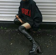 fashion killa in which yang ye-jae is the tenth and only female member of stray kids. includes social media/imagines/outfits/etc. Grunge Outfits, Edgy Outfits, Grunge Fashion, Look Fashion, Korean Fashion, Girl Outfits, Cute Outfits, Fashion Outfits, Womens Fashion