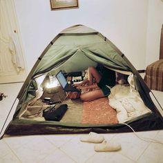 Lighty's bedroom tent, Jeddah, Saudi Arabia, 2009 © Olivia Arthur/Magnum Photos Stranger Video, Photographer Portfolio, Documentary Photographers, Jeddah, Photography Workshops, France, Magnum Photos, Photo Essay, Orient