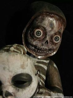 Creepy doll - awesome!