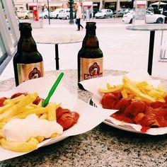 siebensiebtel #beer #sausages #bestfriend #berlin #fun